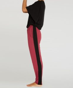 loose pant yoga woman moksha rubis